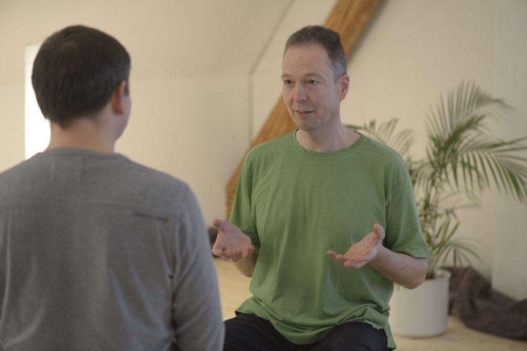 Yoga Herford: Inntere Stabilität ist eine Stärke, die bei der Bewältigung von Veränderungen bedeutend ist. Vini-Yoga kann dabei unterstützen, diese Stabilität zu erlangen.